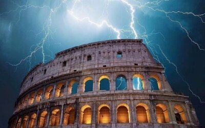 Thunderstorm and Earthquake in Rome