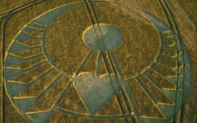 The Sacred Marriage and recent Crop Circles